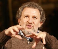 Irreverente e spesso contro la Chiesa cattolica, Piergiorgio Odifreddi è stato contestato anche sul piano scientifico e ora licenziato dal Festival della Matematica
