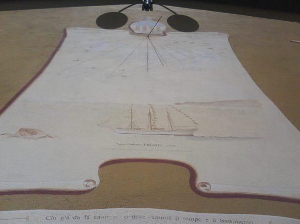 Meridiana su una palazzina di Chiavari - foto A.Macco