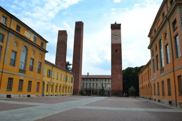 Le tori Medievali di Pavia accanto all'Ateneo Universitario