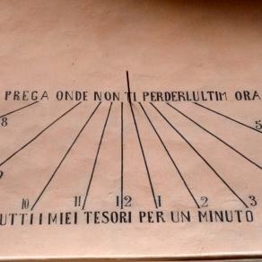 Prima Meridiana con epigrafe in italiano